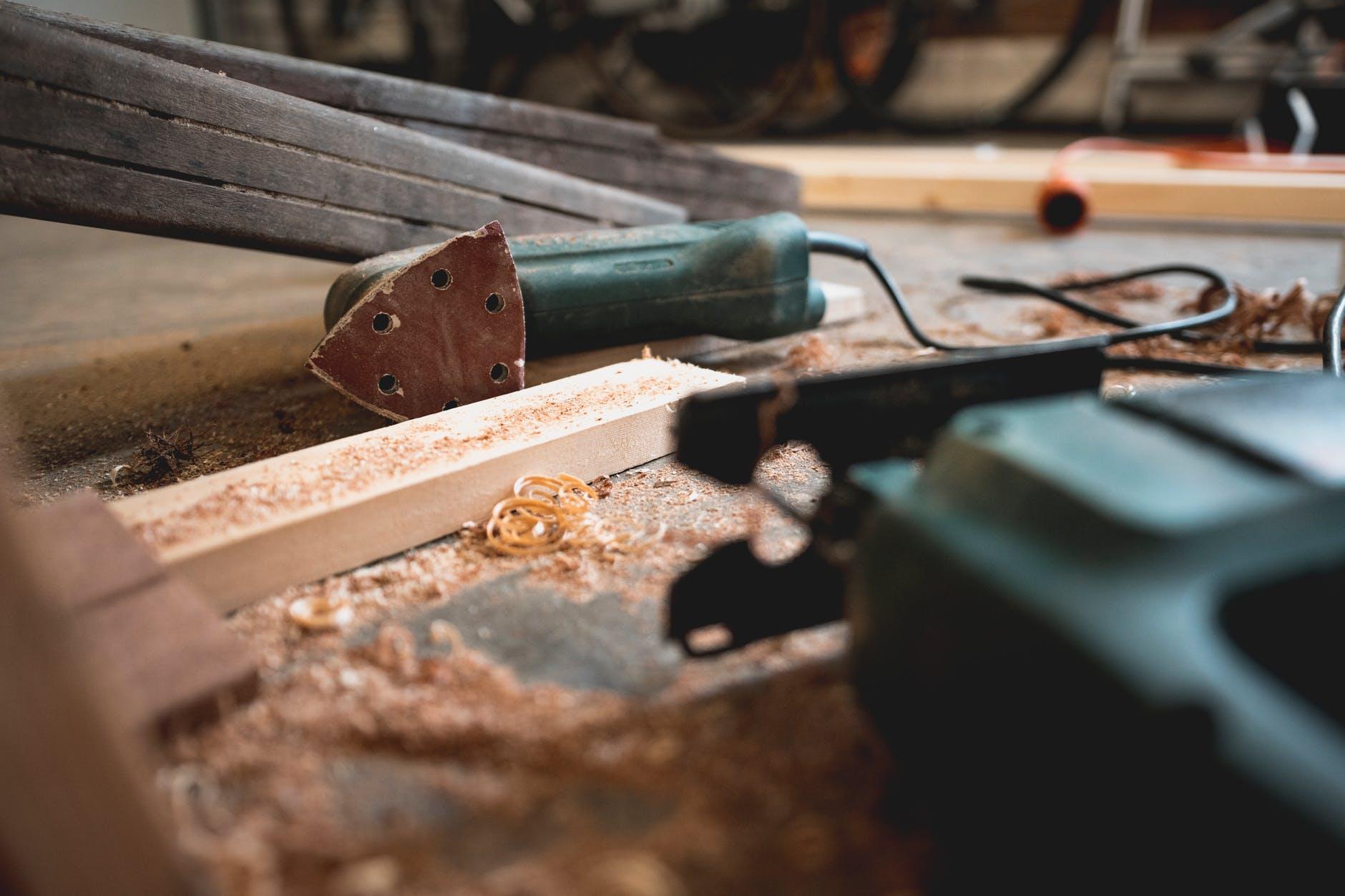 Manufacturing wooden door panels from lumber